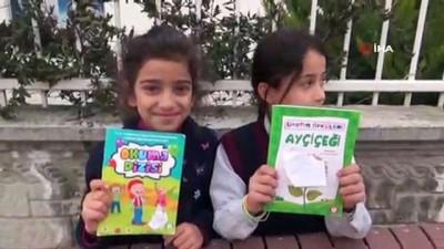 Siirtli minik öğrenciler, annelerinin atacağı kitapları toplayıp satmaya başladı