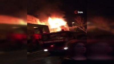 nadan -  Fatih'te metruk bina alev alev böyle yandı