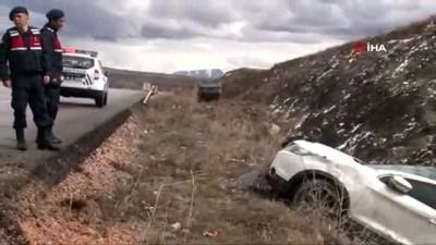 guvenlik onlemi -  Kaza yapanlara yardıma koşan vatandaşa otomobil çarptı: 1 ölü, 5 yaralı