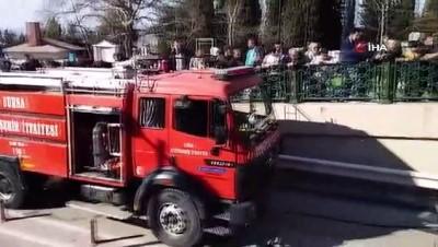 guvenlik onlemi - Seyir halindeyken yanmaya başlayan araç kül oldu