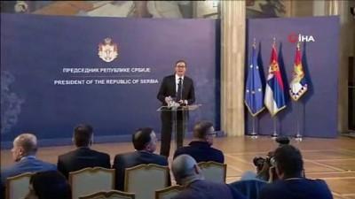 """hukumet karsiti -  - Vucic: """"Sırbistan, tehdit eden şiddete izin vermeyecektir"""""""
