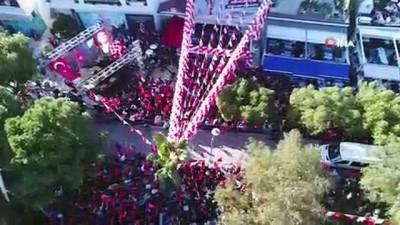 Aras'ın seçim ofisi açılışına binlerce kişi akın etti