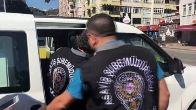 uyusturucu madde -  Engelli şahsı 30 yerinden bıçaklayarak öldüren şahıs adliyeye sevk edildi