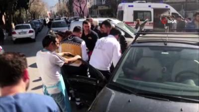 Kadın polis memurunu yerde sürükledi, yakalandığında elinde memurun saçı bulundu