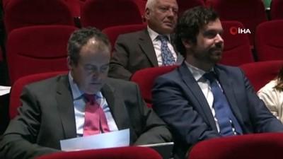 """akciger kanseri -  Prof. Dr. Emel Canbay: """"Sıcak kemoterapi, yüzde 75 başarı şansı olan bir tedavidir"""""""