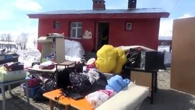 Üniversite öğrencileri köy okulunu onardı - MUŞ