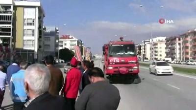 itfaiye araci -  Apartmanda yangın paniği
