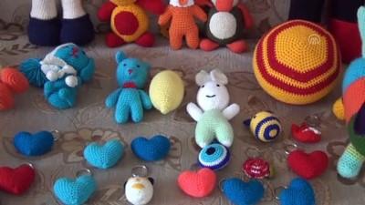 İnternetten örmeyi öğrendiği bebekleri sosyal medyadan satıyor - GAZİANTEP