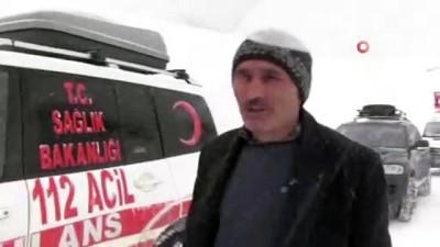 Türkiye'nin Gürcistan sınırındaki Artvin'in Macahel bölgesinde kar yağışı hayatı olumsuz etkiliyor