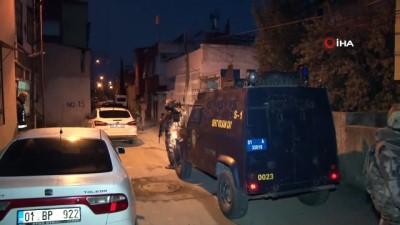ozel harekat polisleri -  Adana'da HDP'ye PKK operasyonu: 12 gözaltı