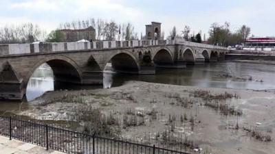 Meriç ve Tunca nehirlerinin debisi düştü - EDİRNE