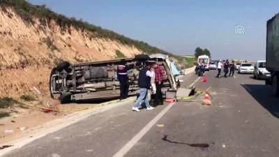 temel atma toreni - Minibüs devrildi: 19 yaralı (1) - ADANA