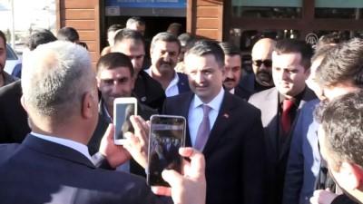 Pakdemirli: '17 yılda başımıza gelen en iyi şey Erdoğan'dır' - ŞANLIURFA