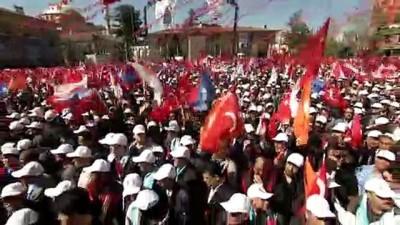 AK Parti'nin Eskişehir mitingi - Ulaştırma ve Altyapı Bakanı Cahit Turhan