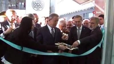 Bakan Akar, Millileştirilecek Malzemeler Sergisi'ni açtı