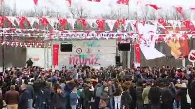 Horona farklı bir boyut kattılar...Nevruz Bayramı etkinliklerinde renkli görüntüler oluştu