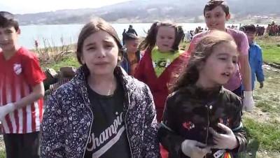 ozel okullar - Önce çöp topladılar, sonra çiftetelli oynadılar - BOLU