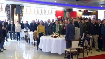 CHP Genel Başkanı Kılıçdaroğlu, Giresun'da STK temsilcileri, muhtarlar ve partililer ile bir araya geldi