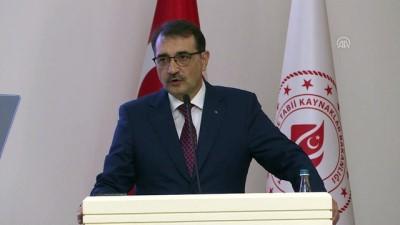 katar - Bakan Dönmez: 'Türkiye ekonomiden enerjiye tarımdan turizme her alanda gücüne güç katarak yoluna devam ediyor' - ANKARA