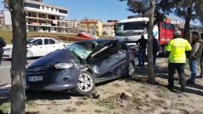 Annesini hastaneye götürürken kaza yaptı: 4 yaralı