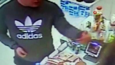Antalya'da market farelerine suçüstü...Hırsızlık anları kamerada