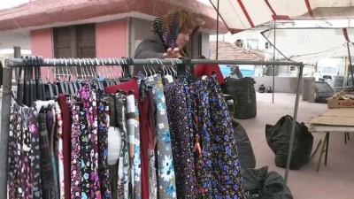 'Çalışkan' anne pazarcılıkla 4 çocuğunu okuttu - AMASYA