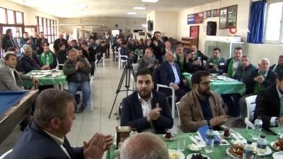 - Çavuşoğlu: 'CHP, İP ve Saadet'lilerin çıkıp da hiç 'Kürdistan neresiymiş?' dediğini duydunuz mu'