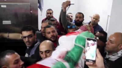 multeci kampi - İsrail askerlerinin yaraladığı Filistinli sağlık çalışanı şehit oldu - BEYTÜLLAHİM