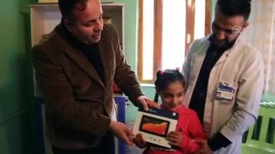 Şemdinli'de şehit ve gazi çocuklarına tablet hediyesi - HAKKARİ