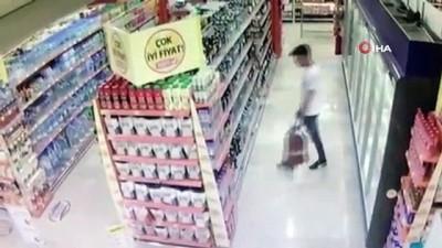alkollu icecek -  Marketten alkol çalan şahıs kamerada