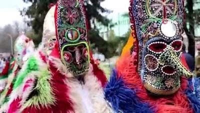 - En Korkunç Maskelerini Taktılar - Bulgaristan'da 3 Bin Yıllık Festivalde Birbirinden İlginç Maskeler Takıldı