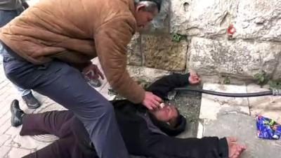 - Toprak Günü'nde Binlerce Filistinli İşgal Güçleriyle Çatıştı: 2 Yaralı
