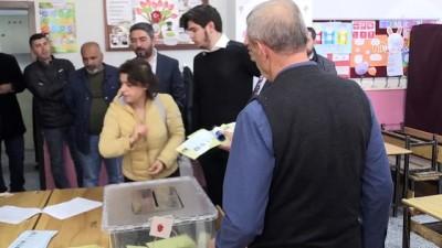 bassagligi - CHP Genel Başkan Yardımcısı Ağbaba, oyunu kullandı - MALATYA