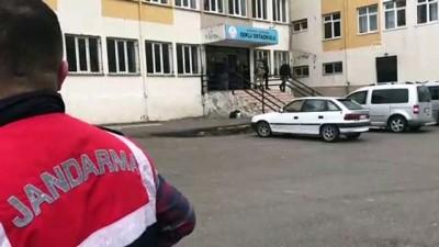 en yasli kadin - Gaziantep'te oy kullanma kavgası: 2 yaralı