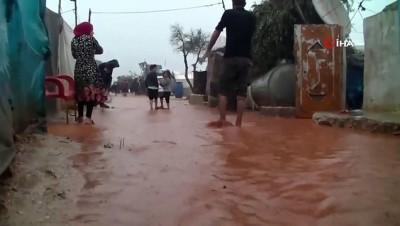 multeci kampi -  - Suriye'nin Kuzeyindeki Mülteci Kamplarını Sel Vurdu