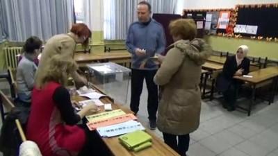 oy kullanimi -  Yalova'da oy kullanma işlemi başladı