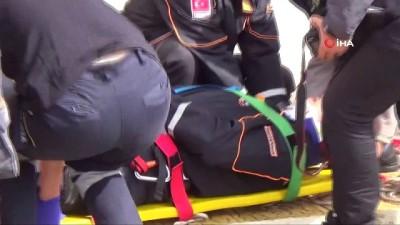 Deprem tatbikatında halatla inmeye çalışan AFAD görevlisi 3.kattan düştü