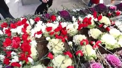 sabah ezani - İzzet Baysal vefatının 19. yılında mezarı başında anıldı - BOLU