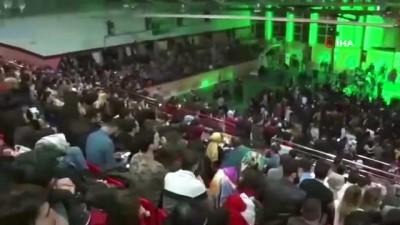 Tunceli'de Selçuk Balcı konserine yoğun ilgi