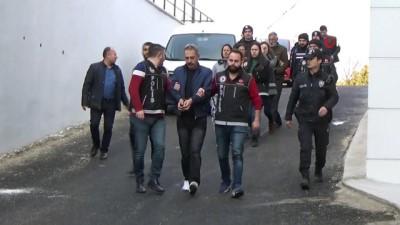 Karaman'daki uyuşturucu operasyonunda 2'si kadın 3 kişi tutuklandı
