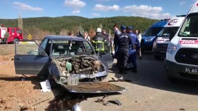 Uşak'ta trafik kazası: 2 yaralı