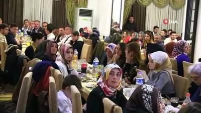 AK Parti Genel Başkan Yardımcısı Jülide Sarıeroğlu: ' Bir kenarda el ovuşturarak bekleyenler olduğunu biliyoruz'