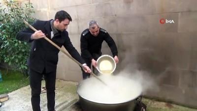 Bu sefer erkekler pişirdi kadınlar yedi