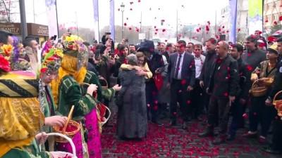 Fatma Şahin'e belediyede coşkulu karşılama - GAZİANTEP