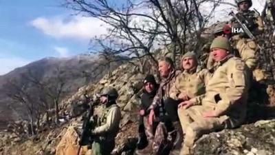 elektrik kablosu -  Tunceli'de silah dolu 2 sığınak imha edildi
