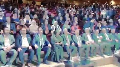 AK Parti'nin Mersin merkezde seçilen ilk belediye başkanı mazbatasını aldı