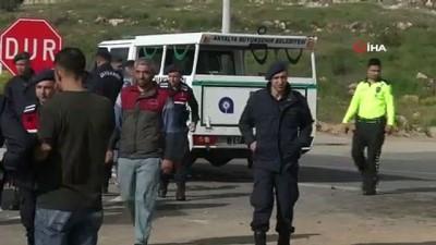 Antalya'da komutanın en zor 'alo' cevabı...Kazada ölen kişinin yakınına gerçeği söyleyemedi