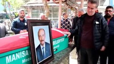 beyin kanamasi -  MHP'li başkan toprağa verildi