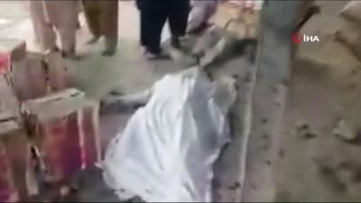 mufettis - Pakistan'da Pazar Yerinde Patlama: 16 Ölü