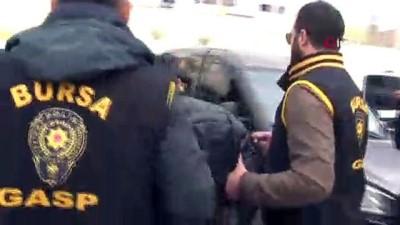 """Silahlı soygunla 2 kilo altın çalan gaspçılar: 'Borçlarımız vardı, pişmanız"""""""